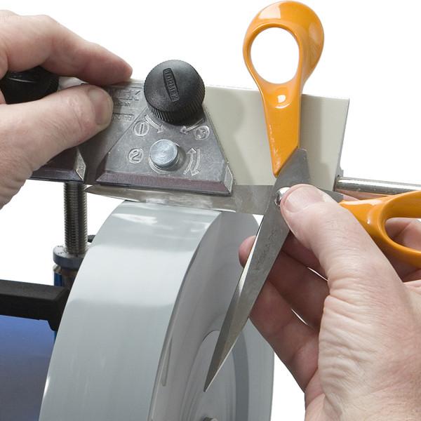 Tormek Vorrichtung für Scheren SVX-150